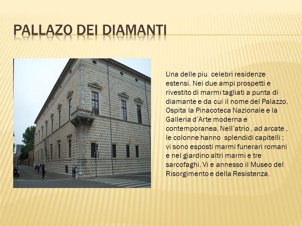 Classico essempio di abitazione signorile della meta dell'cinquecento, dalle linee eleganti all'esterno ed all'interno, con soffitti a disegni grotteschi attributi al Filippi.