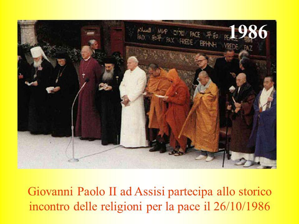 Giovanni Paolo II ad Assisi partecipa allo storico incontro delle religioni per la pace il 26/10/1986 1986