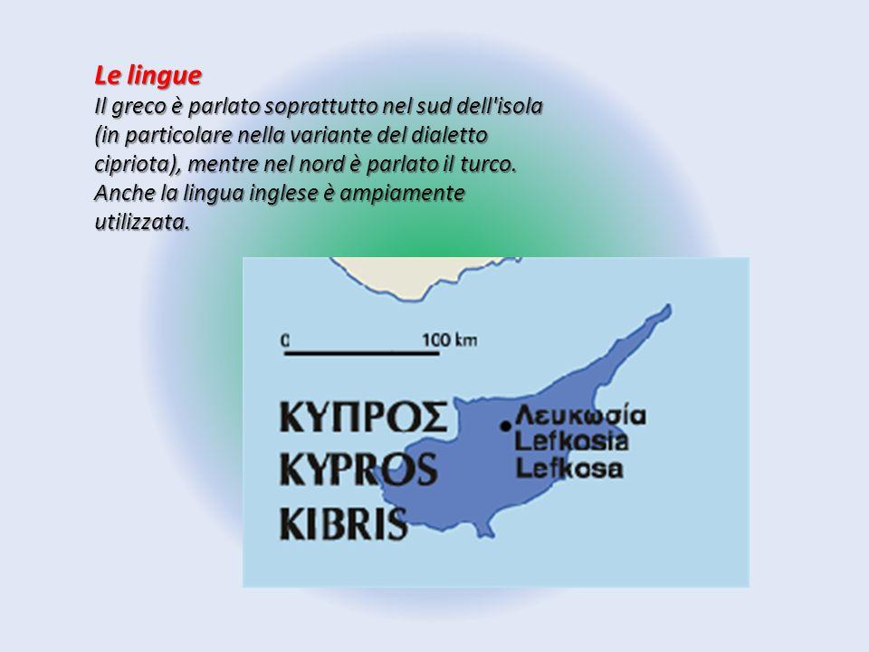 Le lingue Il greco è parlato soprattutto nel sud dell'isola (in particolare nella variante del dialetto cipriota), mentre nel nord è parlato il turco.