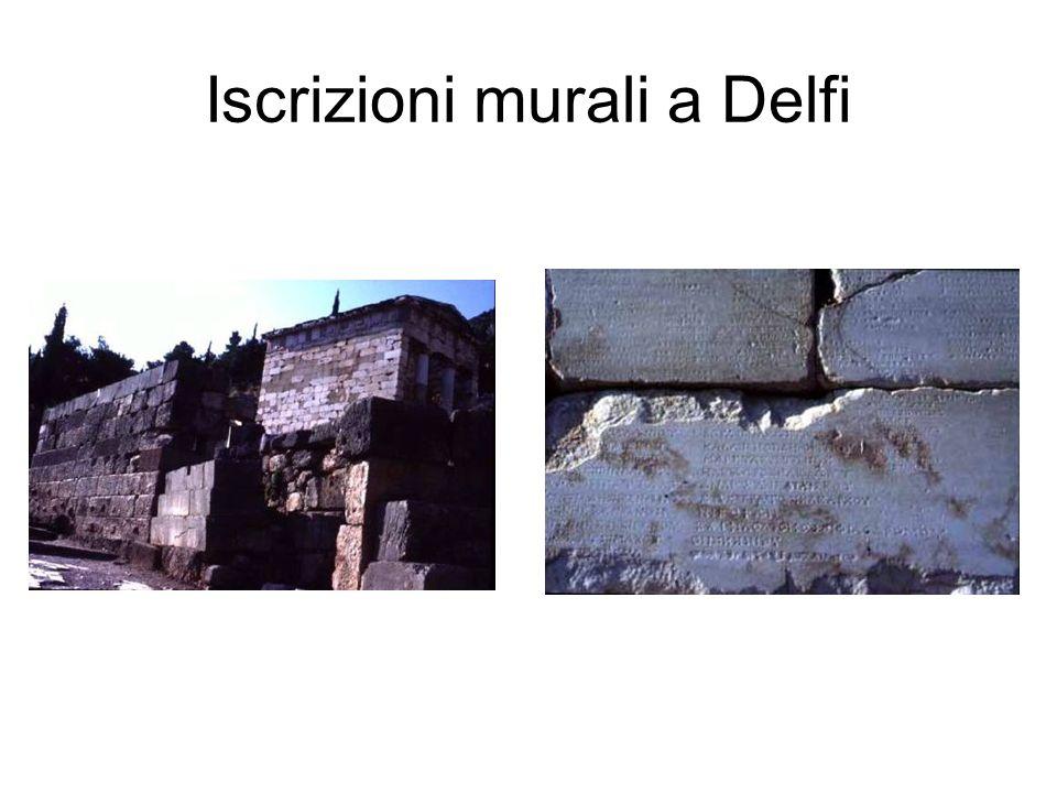 Iscrizioni murali a Delfi