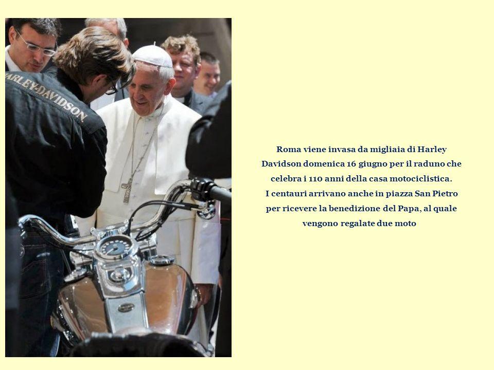 Roma viene invasa da migliaia di Harley Davidson domenica 16 giugno per il raduno che celebra i 110 anni della casa motociclistica.