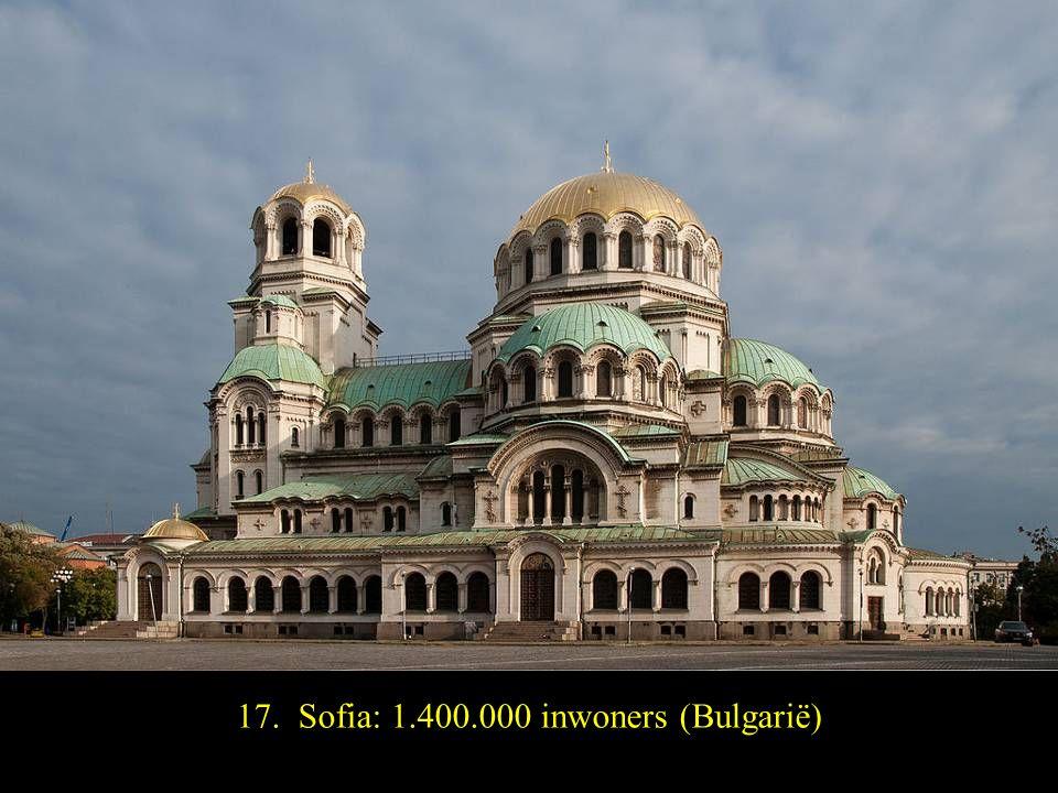 18. Praag: 1.300.000 inwoners (Republiek Tjhechië)