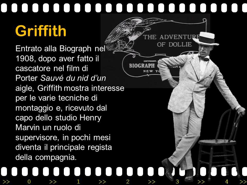 >>0 >>1 >> 2 >> 3 >> 4 >> Griffith Entrato alla Biograph nel 1908, dopo aver fatto il cascatore nel film di Porter Sauvé du nid d'un aigle, Griffith m