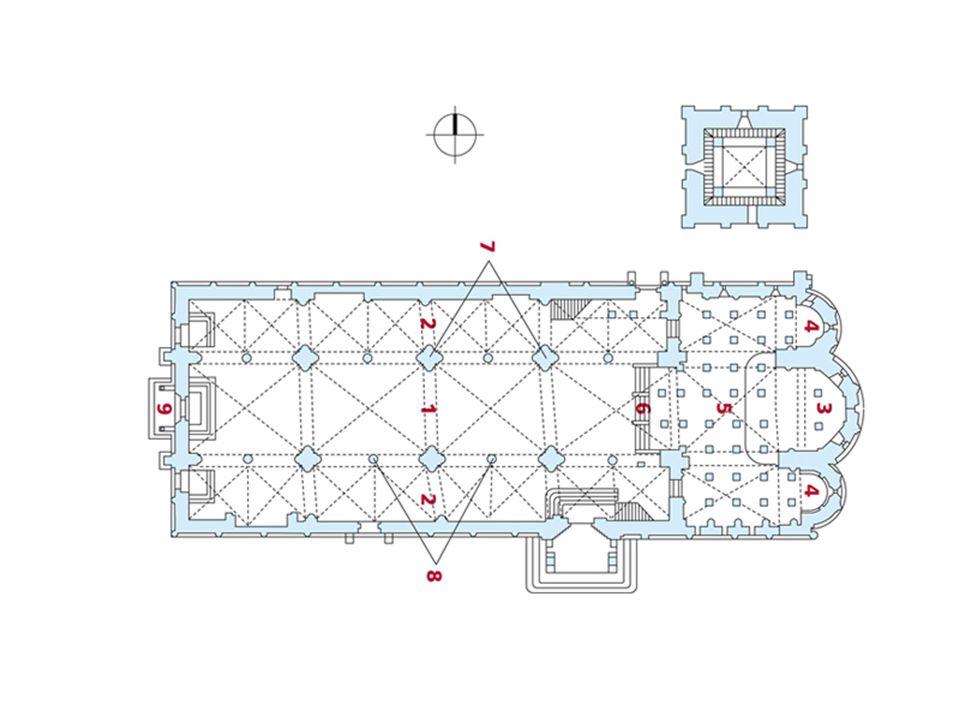 La facciata presenta una decorazione a tarsia bicroma bianca e verde di straordinario rigore geometrico, con un misurato e semplice alternarsi di rettangoli, cerchi, semicerchi.