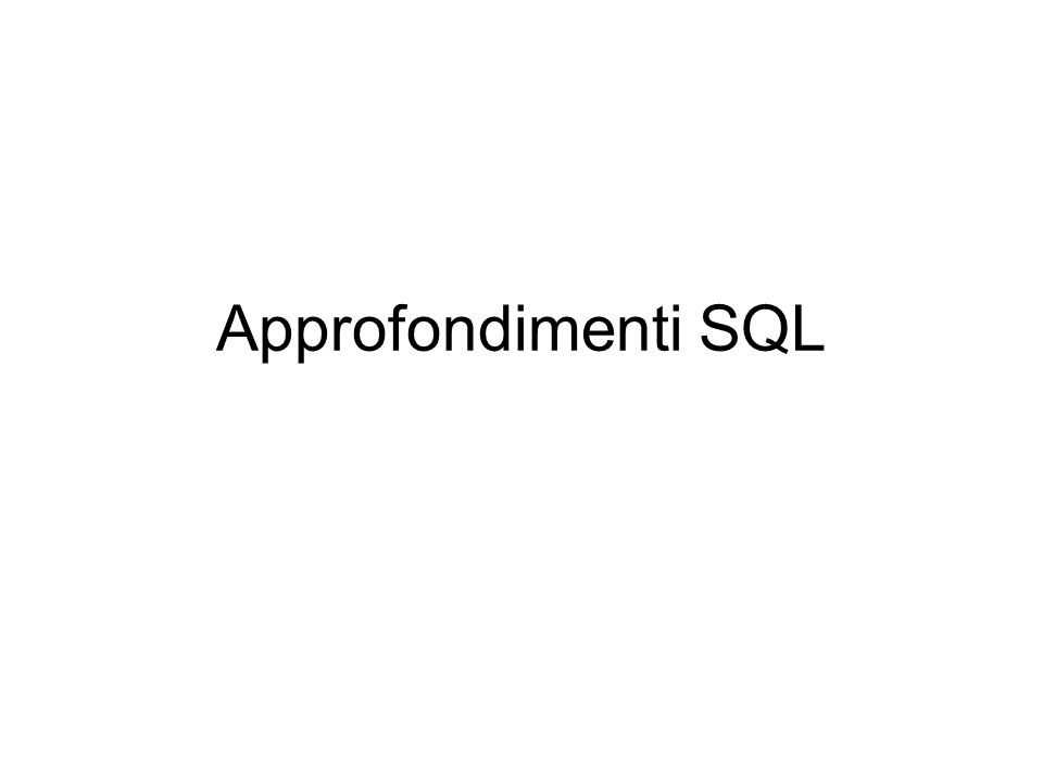 Funzioni di aggregazione All'interno del comando SELECT possono essere utilizzate funzioni predefinite che agiscono sui valori contenuti in insiemi di righe della tabella (da cui il nome f.