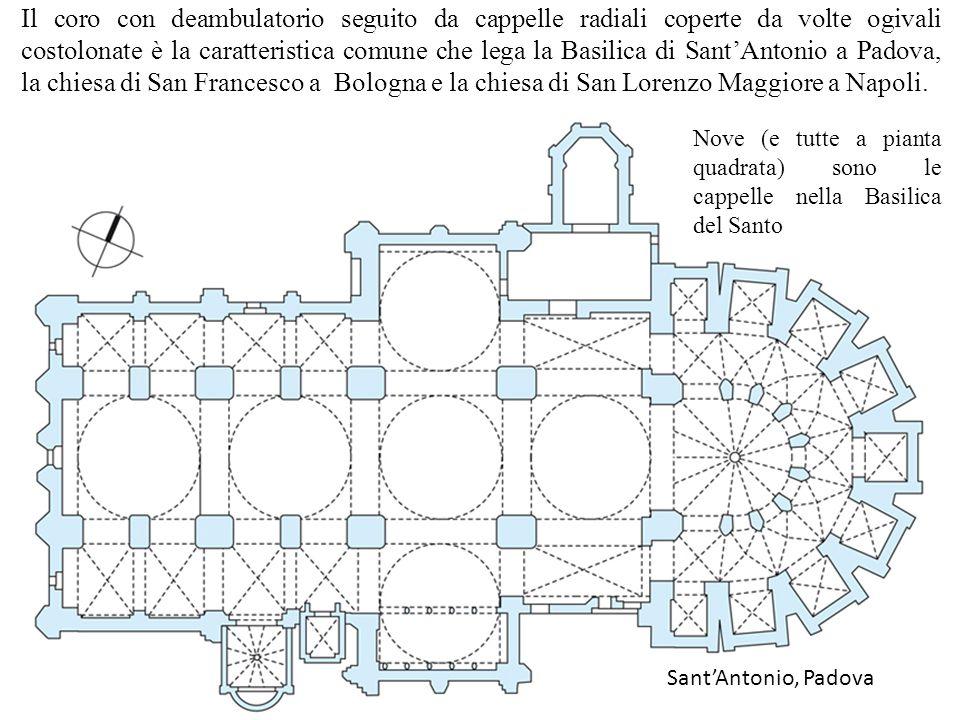 16 La copertura a cupole delle quattro campate centrali e dei bracci del transetto è come quella della Basilica di San Marco a Venezia, Le crociere sono a tutto sesto, tranne quelle delel cappelle laterali