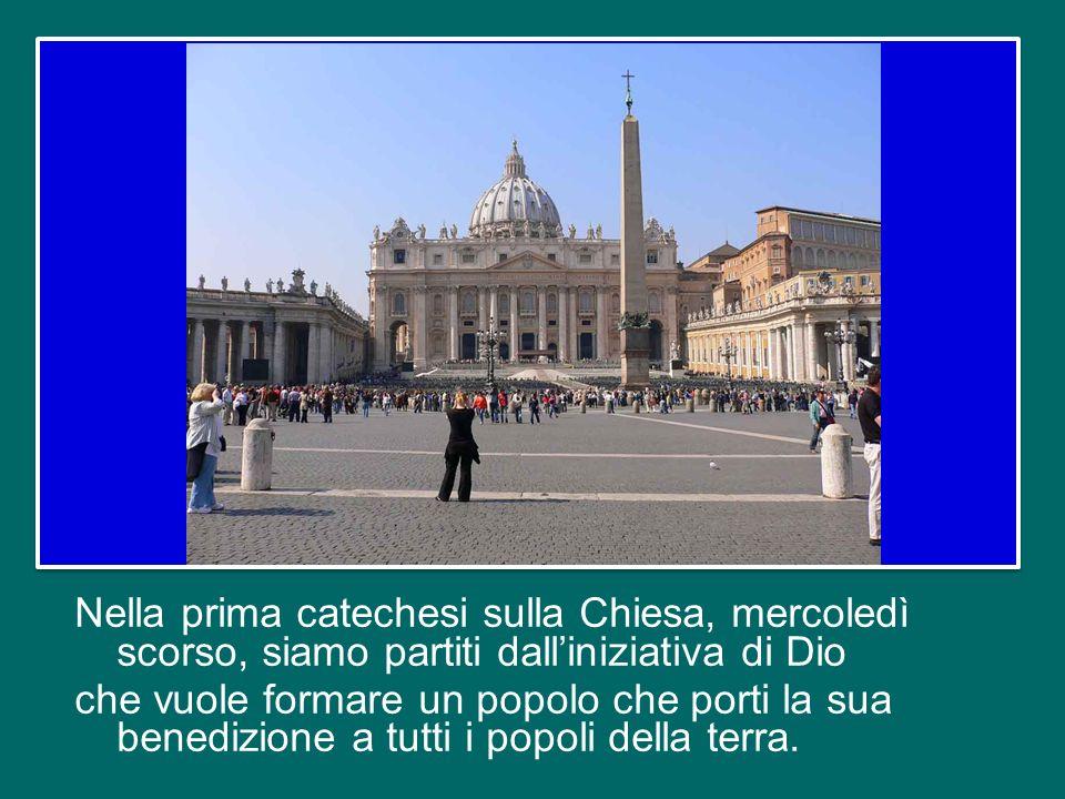 Oggi c'è un altro gruppo di pellegrini collegati con noi nell'Aula Paolo VI, sono i pellegrini ammalati.