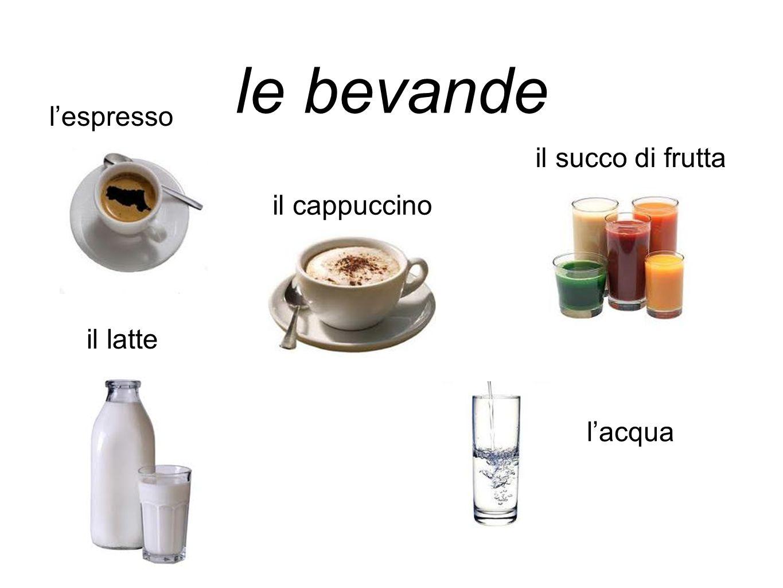 le bevande l'espresso il cappuccino il latte l'acqua il succo di frutta