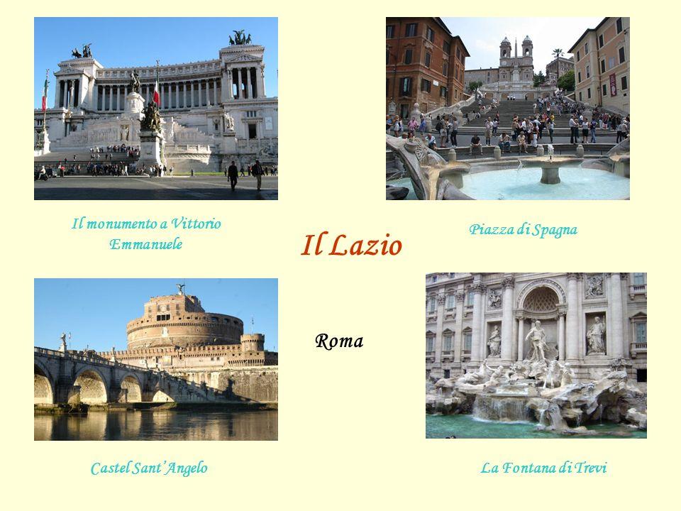Il monumento a Vittorio Emmanuele Piazza di Spagna Castel Sant'Angelo Il Lazio Roma La Fontana di Trevi