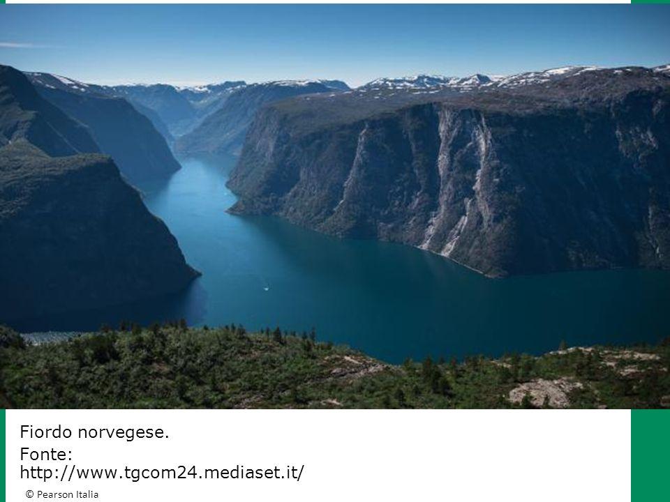 © Pearson Italia R ILIEVI E PIANURE D EUROPA Le montagne d Italia: gli Appennini L'Appennino meridionale presenta le cime meno elevate della catena, che di rado superano 2000 metri.
