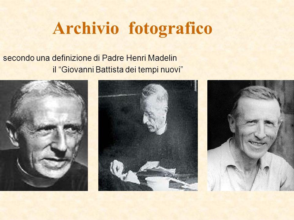 Archivio fotografico secondo una definizione di Padre Henri Madelin il Giovanni Battista dei tempi nuovi