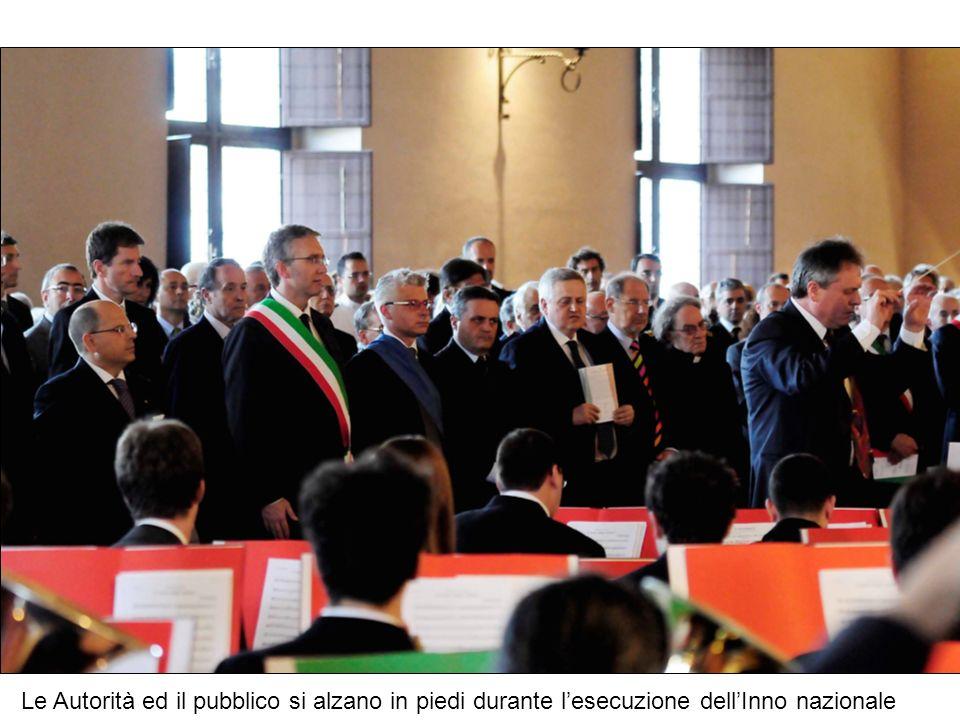 il Prefetto evidenzia il significato della consegna nella odierna cerimonia delle medaglie d onore del Presidente della Repubblica