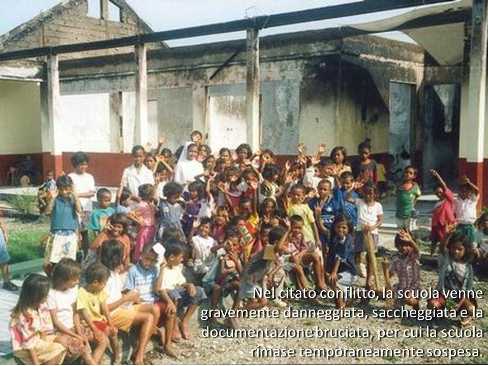 Nel citato conflitto, la scuola venne gravemente danneggiata, saccheggiata e la documentazione bruciata, per cui la scuola rimase temporaneamente sospesa.