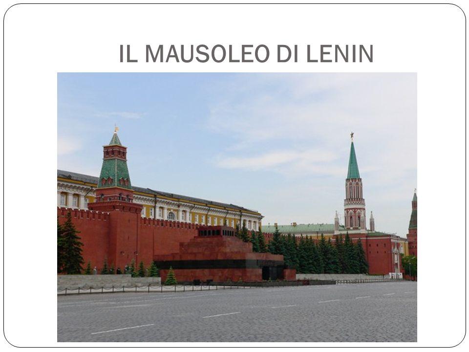 IL MAUSOLEO DI LENIN