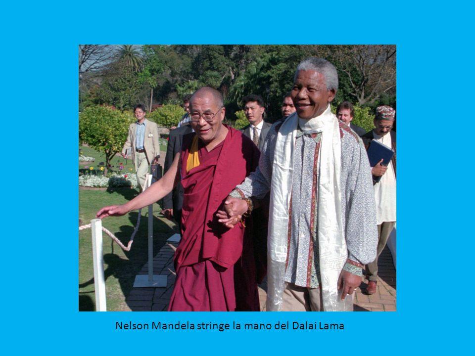 Mandela insieme all'ex premier britannico Tony Blair