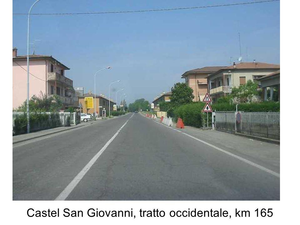 Castel San Giovanni, ingresso al centro storico