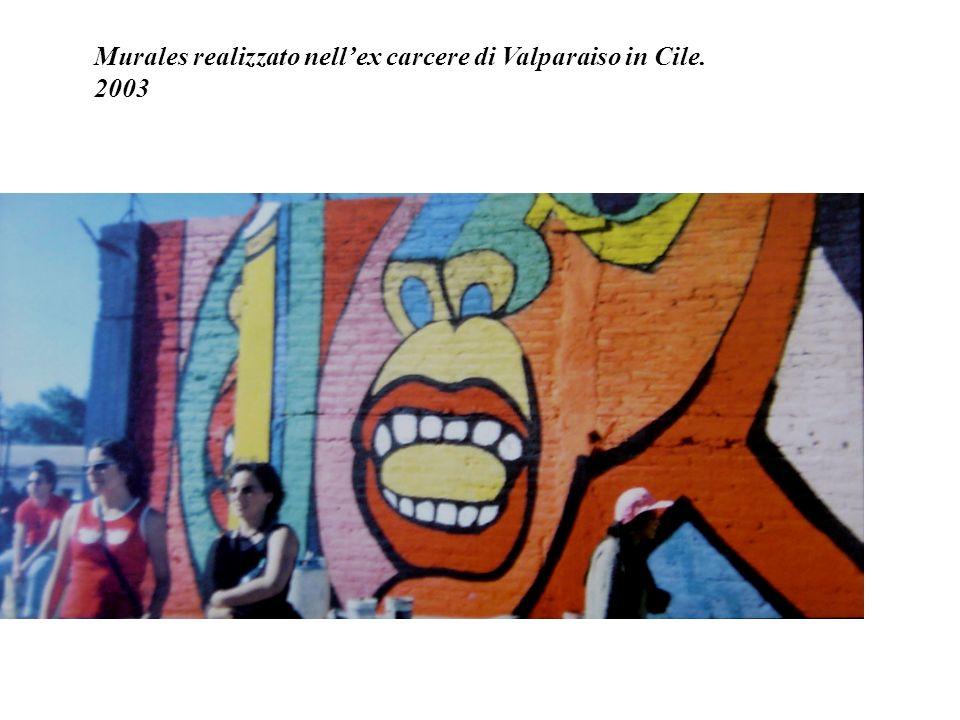 Durante la dittatura molte persone sparirono. Furono realizzati murales per aiutare i familiari e richiamare lopinione pubblica su questi problemi. Mi