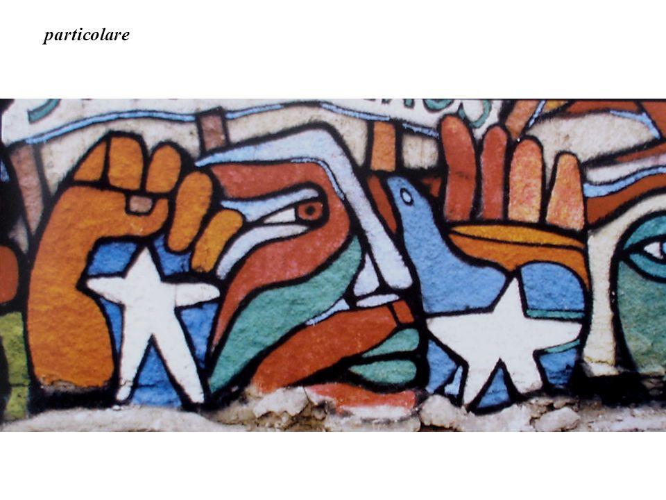 Murale servito da scenografia ad un film. m22x9 Santiago 2003 SIAMO DEGNI DEL NOSTRO DESTINO!!