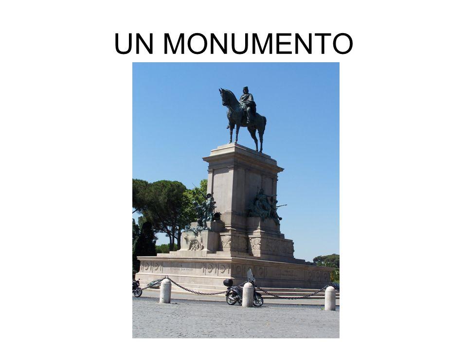 UN MONUMENTO