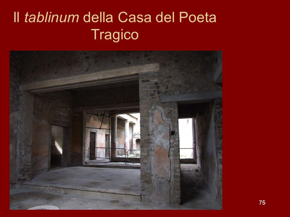 75 Il tablinum della Casa del Poeta Tragico