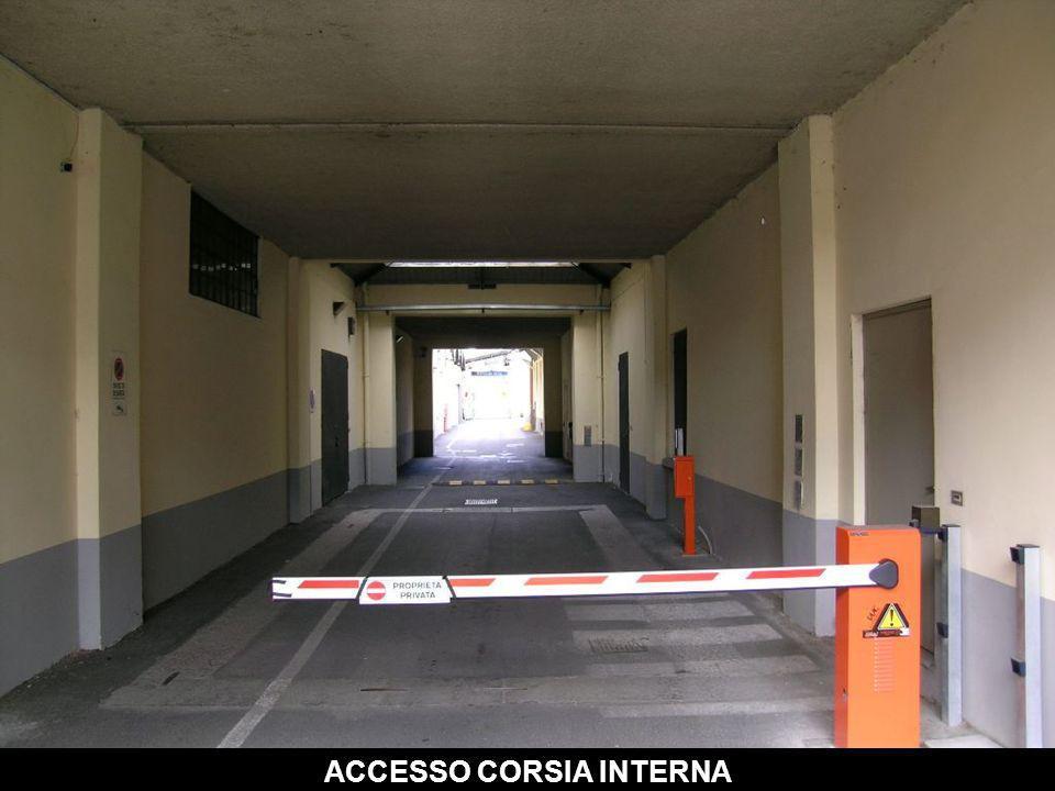 ACCESSO CORSIA INTERNA