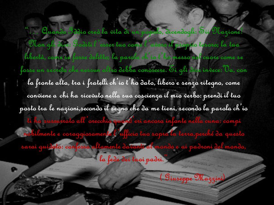 Abbiamo deciso di iniziare cosi il nostro cammino nella storia della Costituzione italiana, con il discorso di colui che giudichiamo essere il padre della nostra Repubblica, Giuseppe Mazzini, nel quale riteniamo ci siano alcuni principi che oggi stanno alla base della nostra Costituzione.