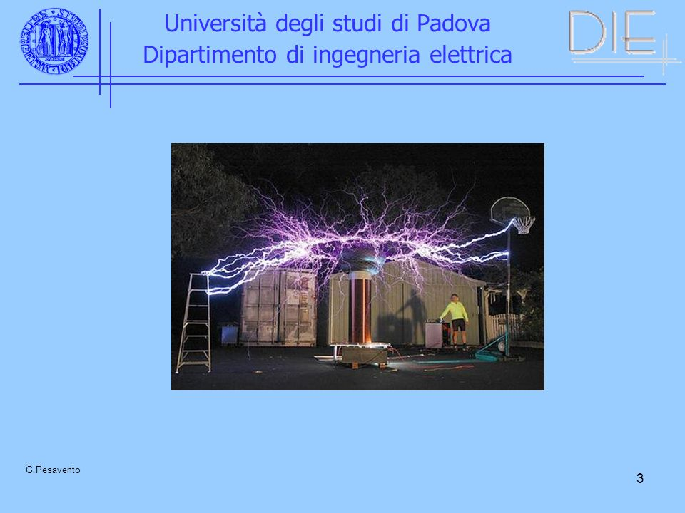 4 Università degli studi di Padova Dipartimento di ingegneria elettrica, G.Pesavento CONTENUTI DEL CORSO Generazione di alte tensioni Misura delle alte tensioni Misure di corrente e di campo elettrico Isolamenti in gas (aria, SF 6 ) Meccanismi di scarica in aria su lunghe distanze Fenomeni corona