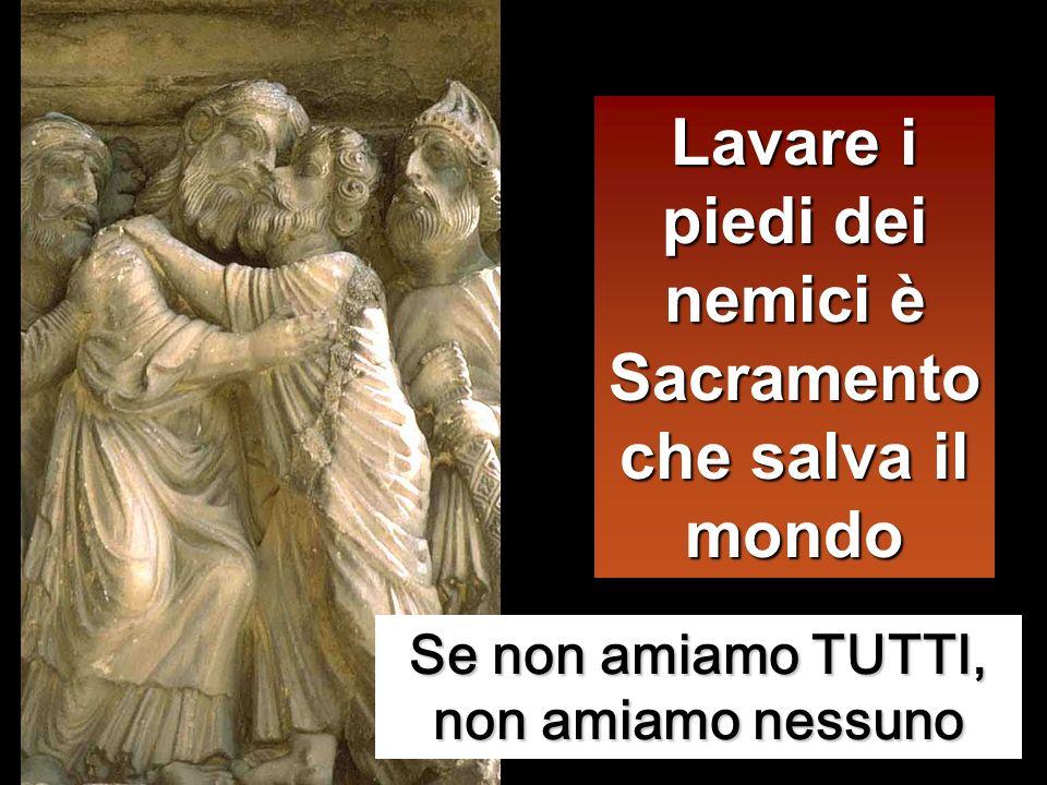 Gli disse Pietro: «Tu non mi laverai i piedi in eterno!». Gli rispose Gesù: «Se non ti laverò, non avrai parte con me». Gli disse Simon Pietro: «Signo