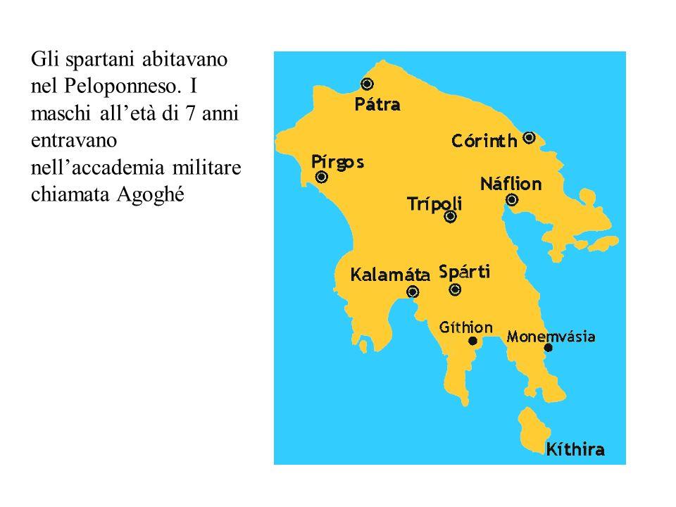 Gli spartani abitavano nel Peloponneso.