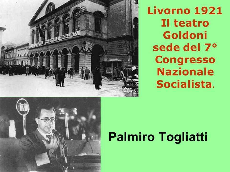 Livorno 1921 Il teatro Goldoni sede del 7° Congresso Nazionale Socialista. Palmiro Togliatti