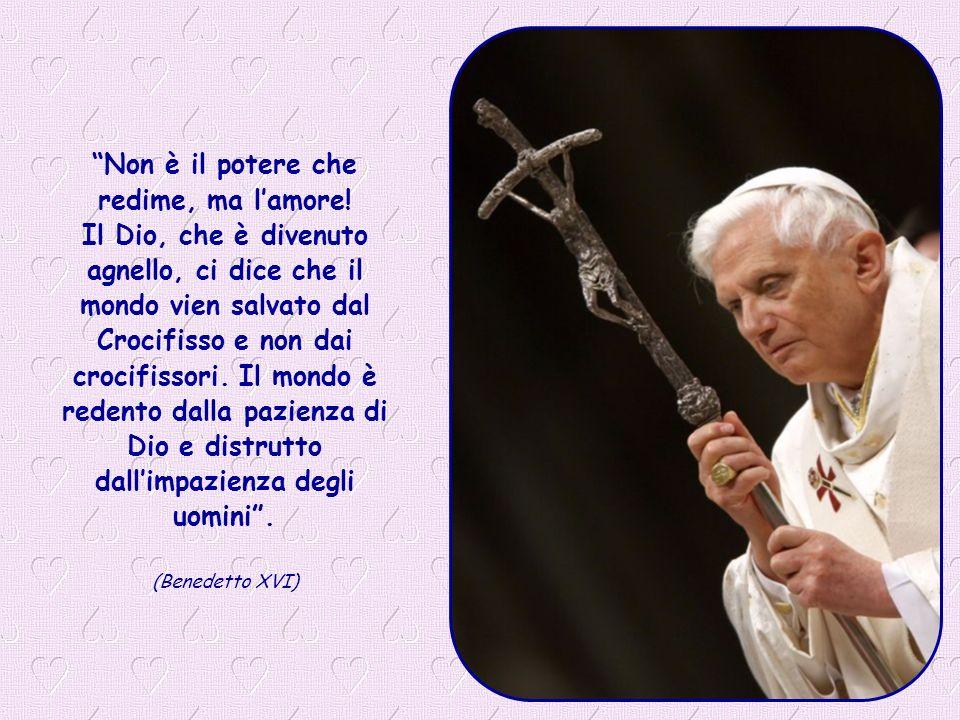 Madre Santissima, aiutaci a capire che non dobbiamo aver paura del Crocifisso, ma dei crocifissori.