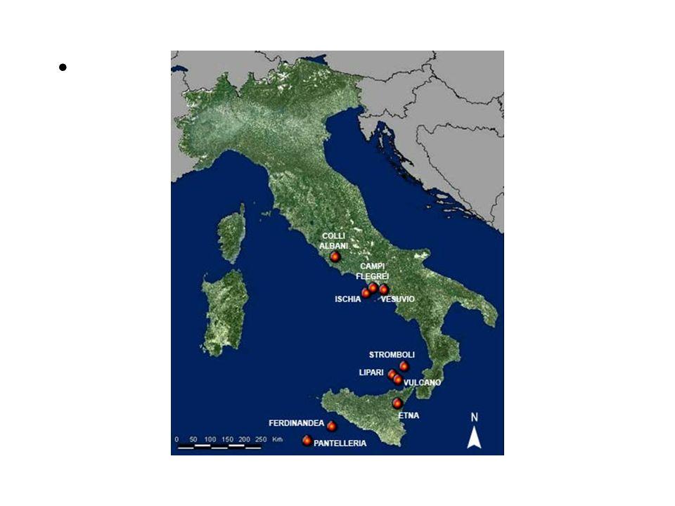 I vulcani in Italia In Italia sono presenti diversi vulcani attivi i principali sono: Stromboli Etna Vesuvio