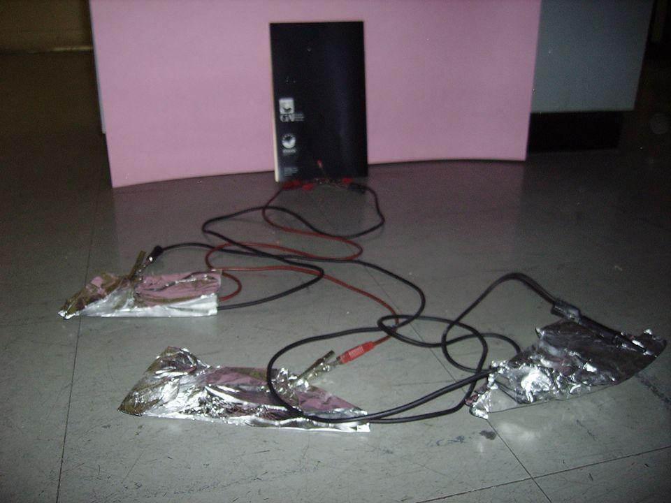 Pila di Alluminio e Carbone.Produrre energia dall alluminio.