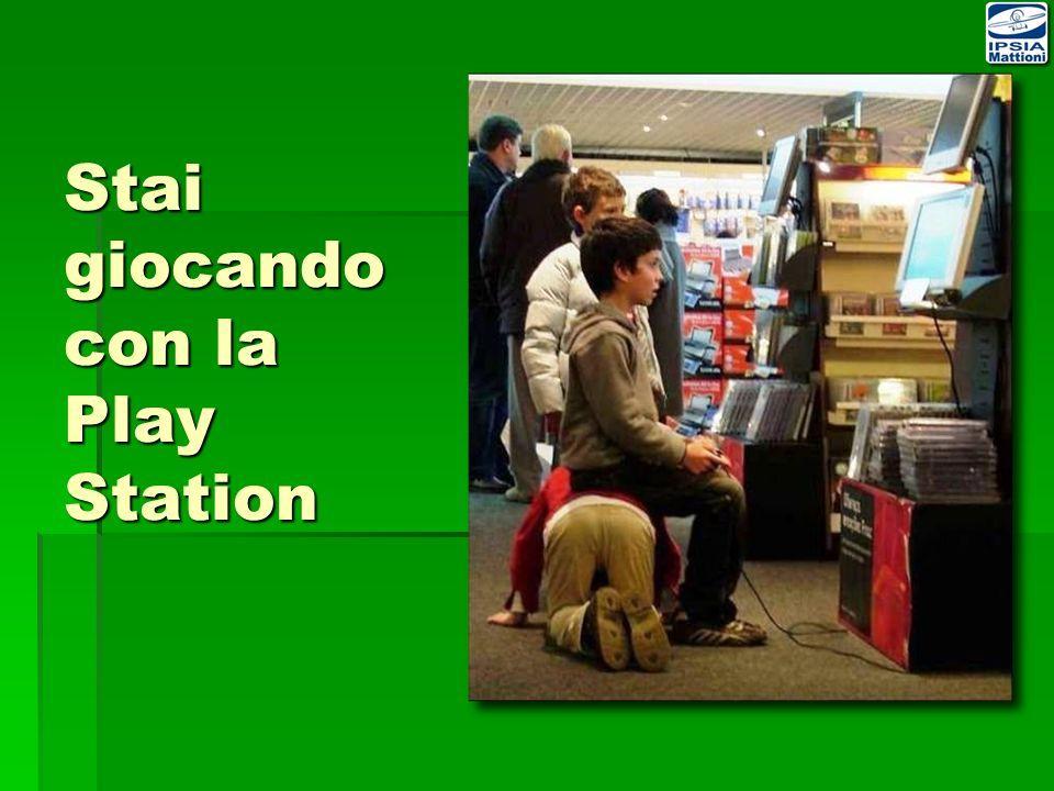 vi aspettiamo a Scuola aperta presso lIstituto a Cividale Sabato 16 Gennaio 2010 Sabato 30 Gennaio 2010 Sabato 13 Febbraio 2010 dalle 15.00 alle 18.30 per visitare i nostri laboratori e le aule speciali ELETTROTECNICA-ELETTRONICA ed AUTOMAZIONE