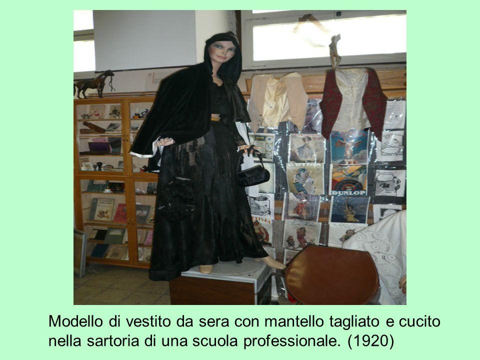 Informazioni utili Chi fosse interessato a visitare il Museo della Scuola del Liceo Giulio Cesare è invitato a rivolgersi alla Prof.ssa Anna Simone (Tel.