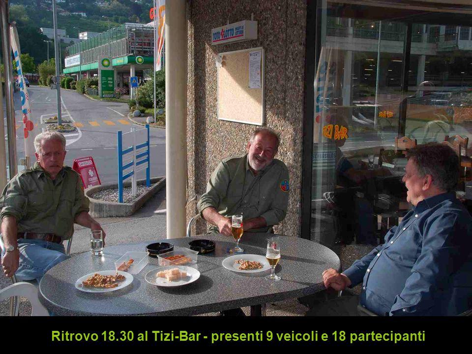 Ritrovo 18.30 al Tizi-Bar - presenti 9 veicoli e 18 partecipanti