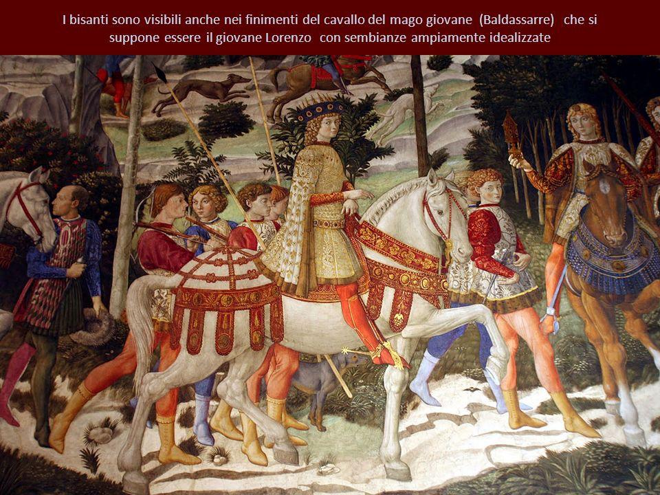 I bisanti sono visibili anche nei finimenti del cavallo del mago giovane (Baldassarre) che si suppone essere il giovane Lorenzo con sembianze ampiamen