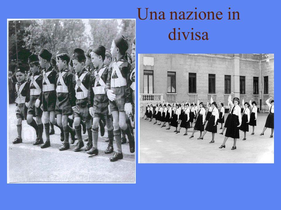 Una nazione in divisa
