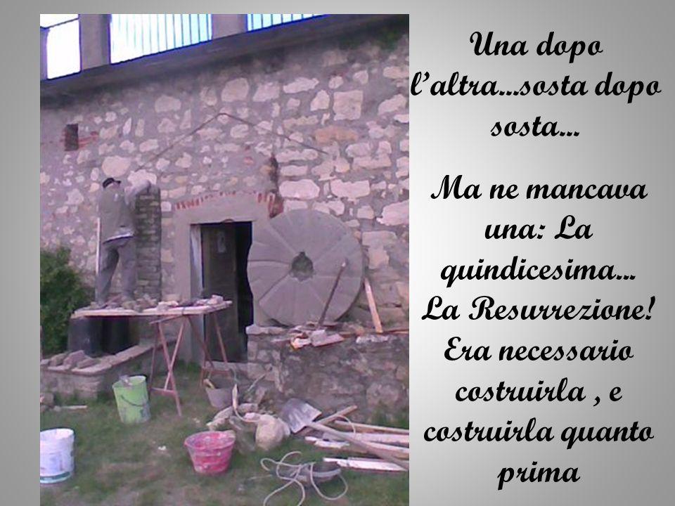 Le 14 stazioni della Via Crucis che portano al Santuario di Montespineto… …ti chiedono dei momenti di sosta prima di andare a trovare la Madonna