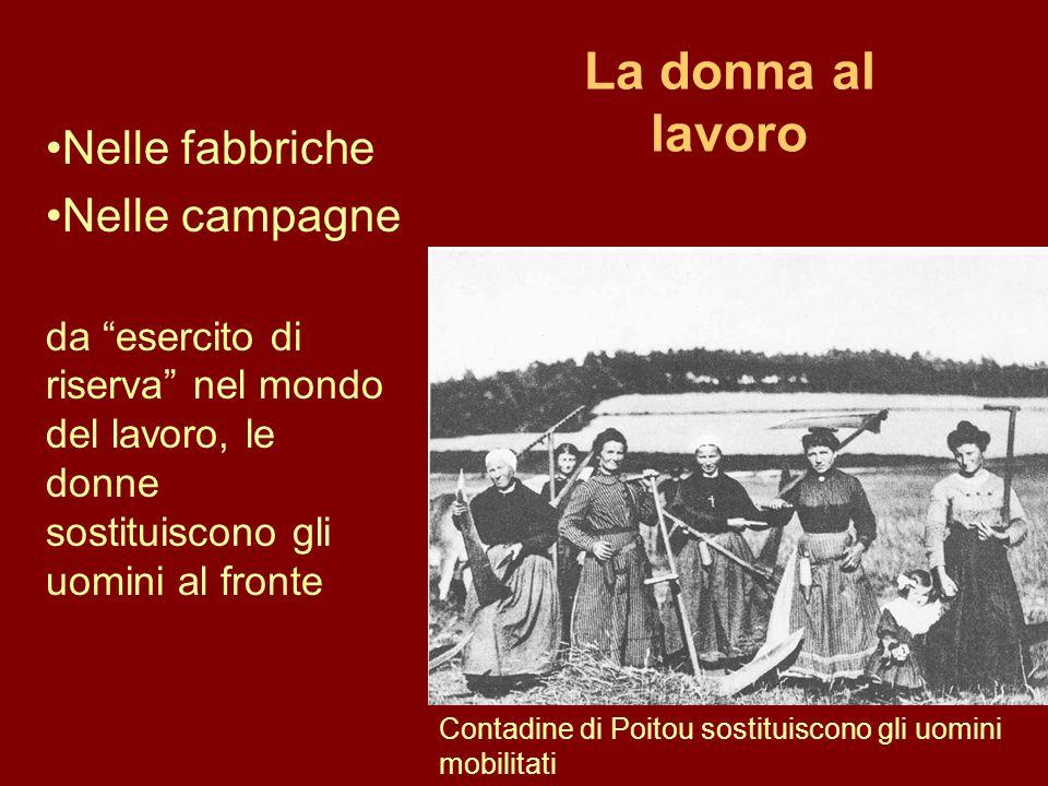 La donna al lavoro Contadine di Poitou sostituiscono gli uomini mobilitati Nelle fabbriche Nelle campagne da esercito di riserva nel mondo del lavoro,