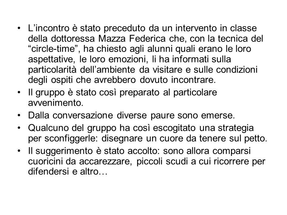 Lincontro è stato preceduto da un intervento in classe della dottoressa Mazza Federica che, con la tecnica del circle-time, ha chiesto agli alunni qua