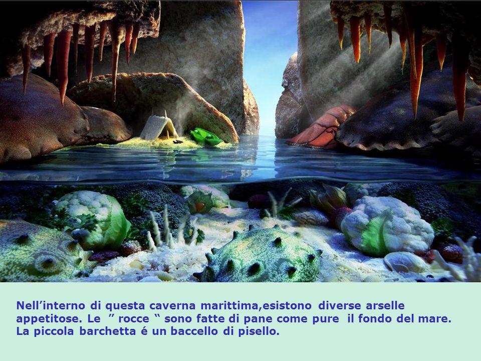 Nellinterno di questa caverna marittima,esistono diverse arselle appetitose.