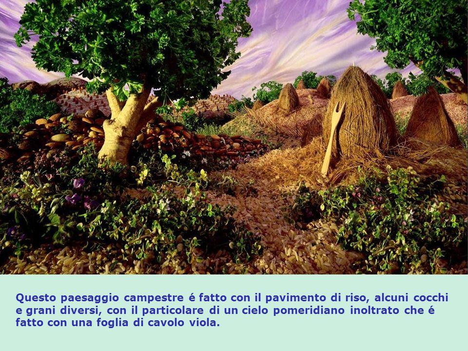 In questo paesaggio i componenti sono: Prosciutto: – celo, cascata, fiume e piante; Prosciutto cotto: -montagne; Pane: – rocce; Biscotti grissini: – casa e deposito; Salame: - tetto