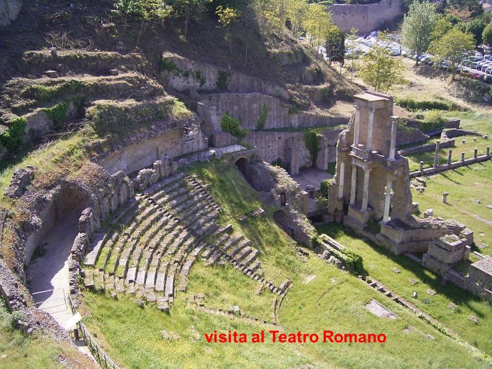 visita al Teatro Romano