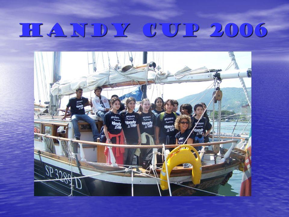 La barca è un piccolo mondo dove per stare in armonia cè bisogno della partecipazione di tutti.