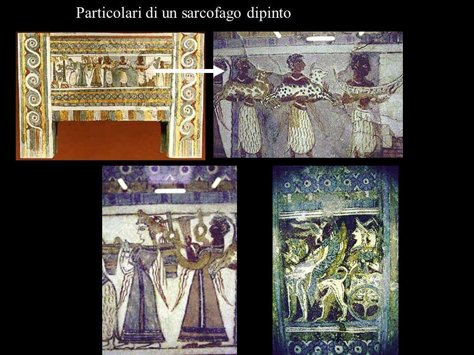 Particolari di un sarcofago dipinto