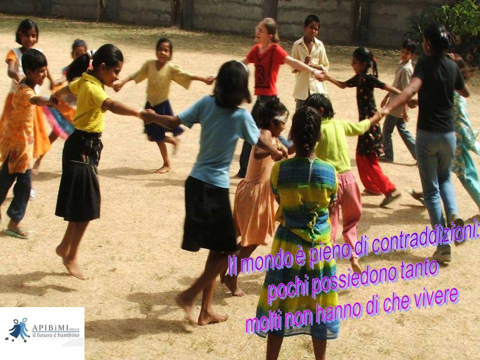 Aiutando oggi i bambini poveri avremo domani un mondo migliore.