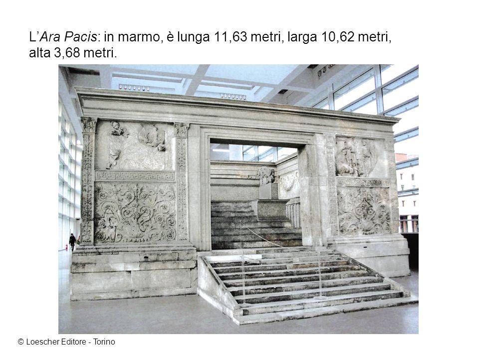 LAra Pacis: in marmo, è lunga 11,63 metri, larga 10,62 metri, alta 3,68 metri.
