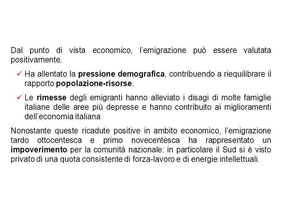 Il fenomeno migratorio Nonostante lelevata crescita economica, un numero elevato di popolazione attiva è ancora impegnata nellagricoltura (50% in Ital