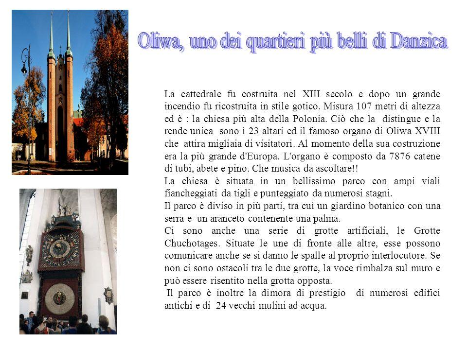 La cattedrale fu costruita nel XIII secolo e dopo un grande incendio fu ricostruita in stile gotico. Misura 107 metri di altezza ed è : la chiesa più